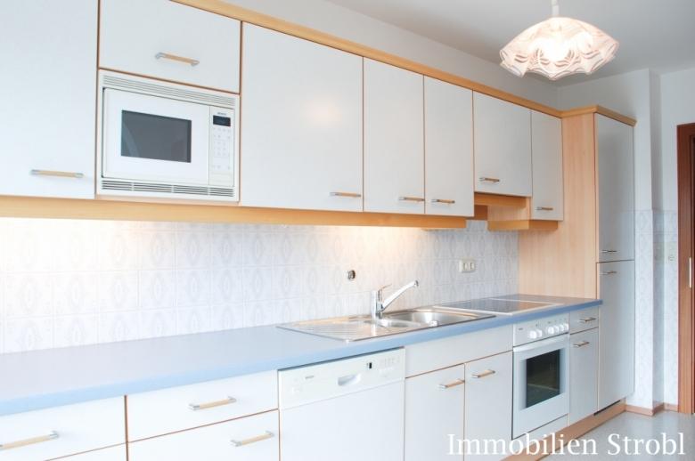 3 bis 4 Zimmer Wohnung in Seekirchen am Wallersee provisionsfrei zu vermieten.
