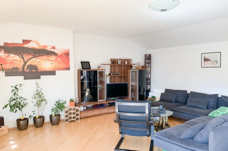 Grosse 3 1/2 Zi-Wohnung in Seekirchen am Wallersee.