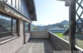 Grosse 4-Zimmer-Wohnung mit Sonnen-Terrasse in Hof bei Salzburg.