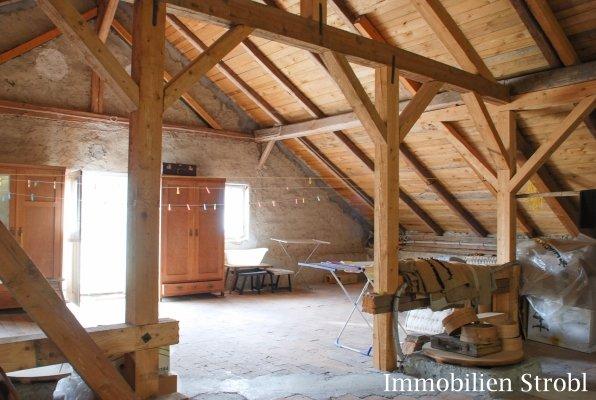 immobilien strobl in salzburg verkauft historisches bauernhaus und k serei in michaelbeuern. Black Bedroom Furniture Sets. Home Design Ideas