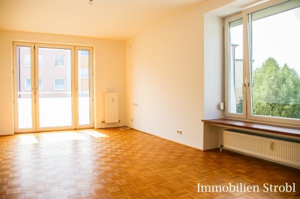 immobilien strobl in salzburg vermietet tolle 2 1 2 zimmer wohnung in salzburg schallmoos. Black Bedroom Furniture Sets. Home Design Ideas